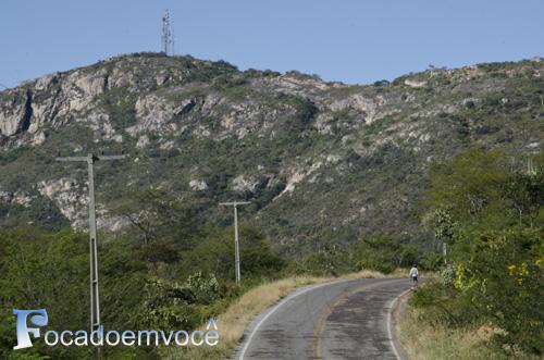 Estrada entre Paramirim e Érico Cardoso